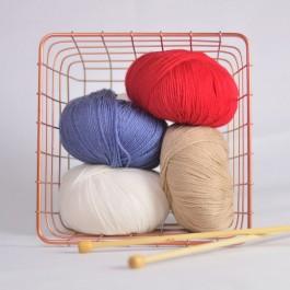 Laine BB mérinos Fonty rouge, bleu jean, blanc et beige