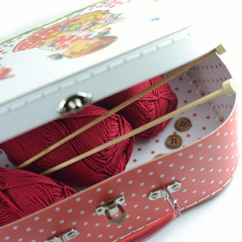 kit tricot gilet b b facile dans valisette pour d butant id e cadeau naissance layette a a. Black Bedroom Furniture Sets. Home Design Ideas
