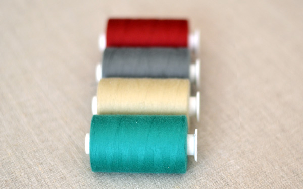 Choosing the right sewing thread