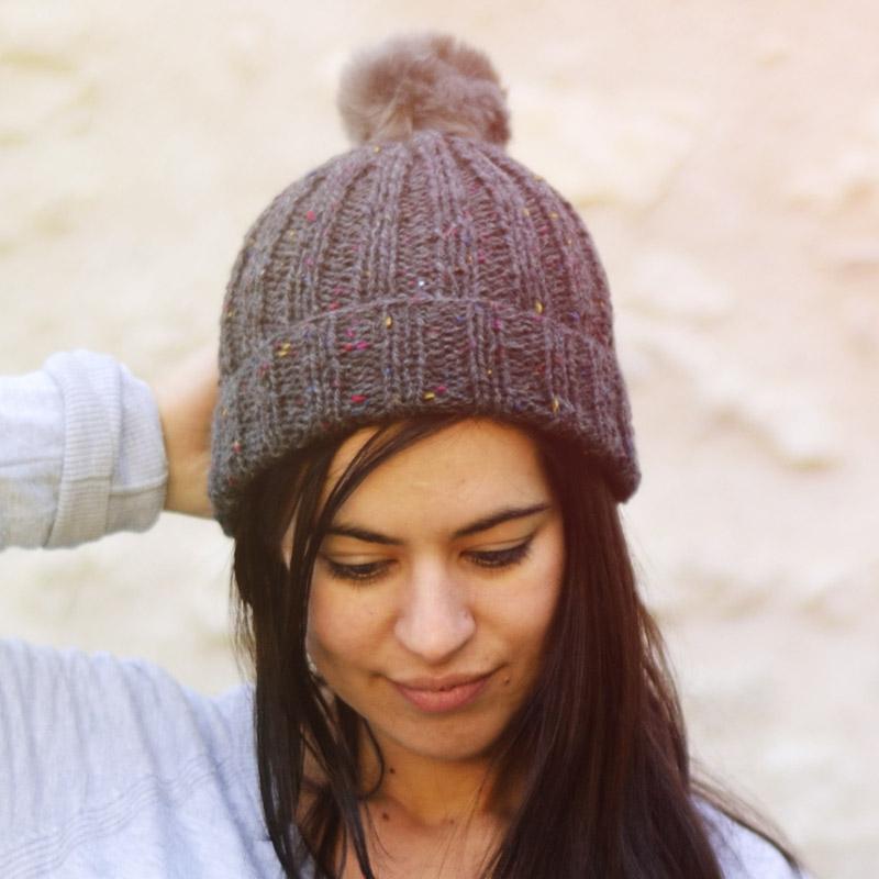 Bonnet femme en tricot   Espaceflirey 5b758e65e65