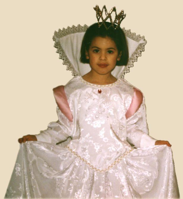 Patron couture d guisement robe de reine princesse a a for Concepteurs de robe de mariage australien en ligne