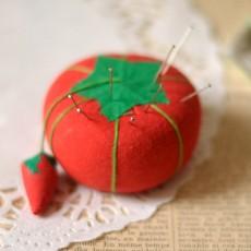 Porte-épingle couture tomate