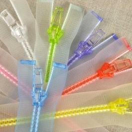 Fermeture à glissière transparente