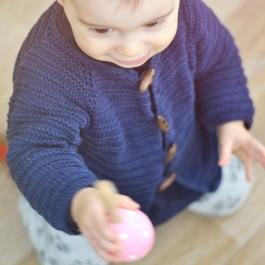 Modèle gilet bébé à tricoter en coton bio Margot