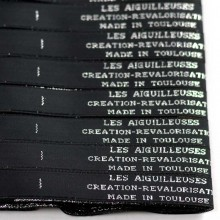 Texte tissé fantaisie or argent ou blanc 15 mm Lot de 100 étiquettes,