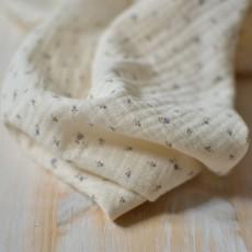 Tissu double-gaze à motif fleurs roses jean bleu coton bio