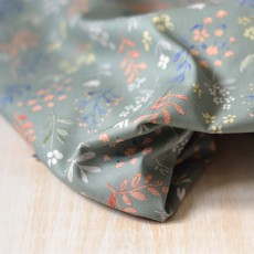 Tissu popeline de coton bio fleurs et feuiles vert amande
