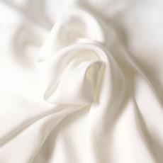 Tissu tencel fluide doux comme de la soie écru
