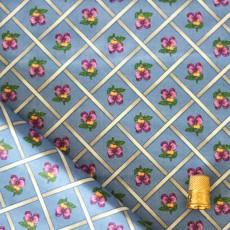 Coton bleu à croisillons à fleurs