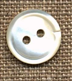 Bouton 2 trous nacre diamètre 14 mm