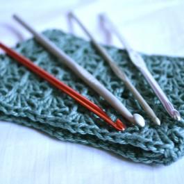 Crochet en métal