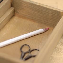 Crayon transfert pour broderie rose
