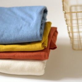 Tissu jersey chanvre et coton bio jaune moutarde