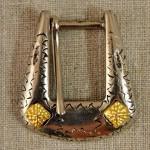 Boucle de ceinture métal gravé et décor doré