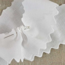 Dentelle broderie angaise blanche 50 mm