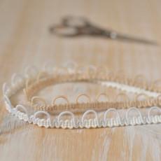 Bande à boutonnière pour dos robe de mariée élastique blanc ou chair