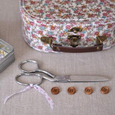 Kit couture petite valise fleurie