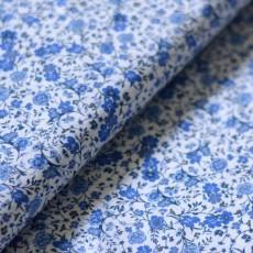 Tissu cotonnade fine à fleurs bleues