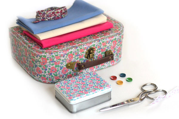 Medium sized sewing box